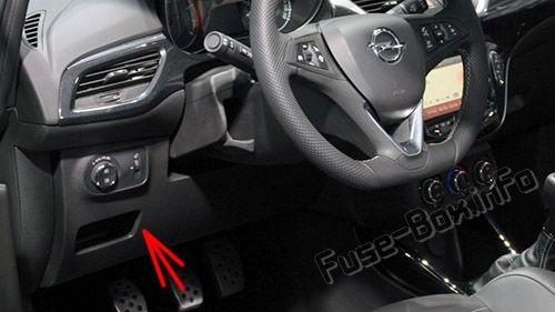 Расположение предохранителей в салоне (LHD): Opel / Vauxhall Corsa E (2015-2019 -...)